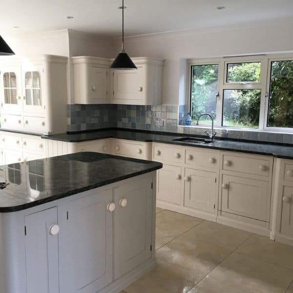 professional builders cleaning Hampshire